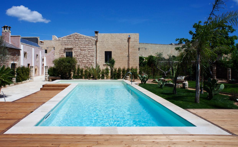 SYS Piscine Esperienza e professionalita seconda generazione di costruttori di piscine nel Salento
