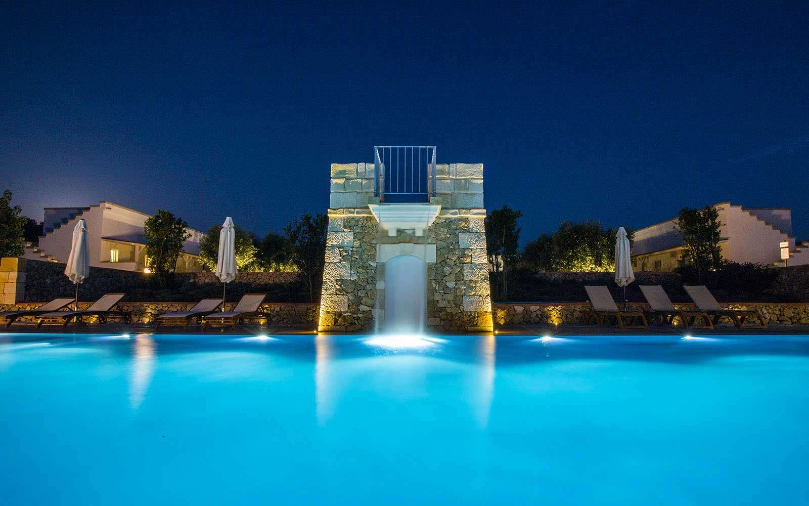 SYS Piscine piscina sera illuminazione